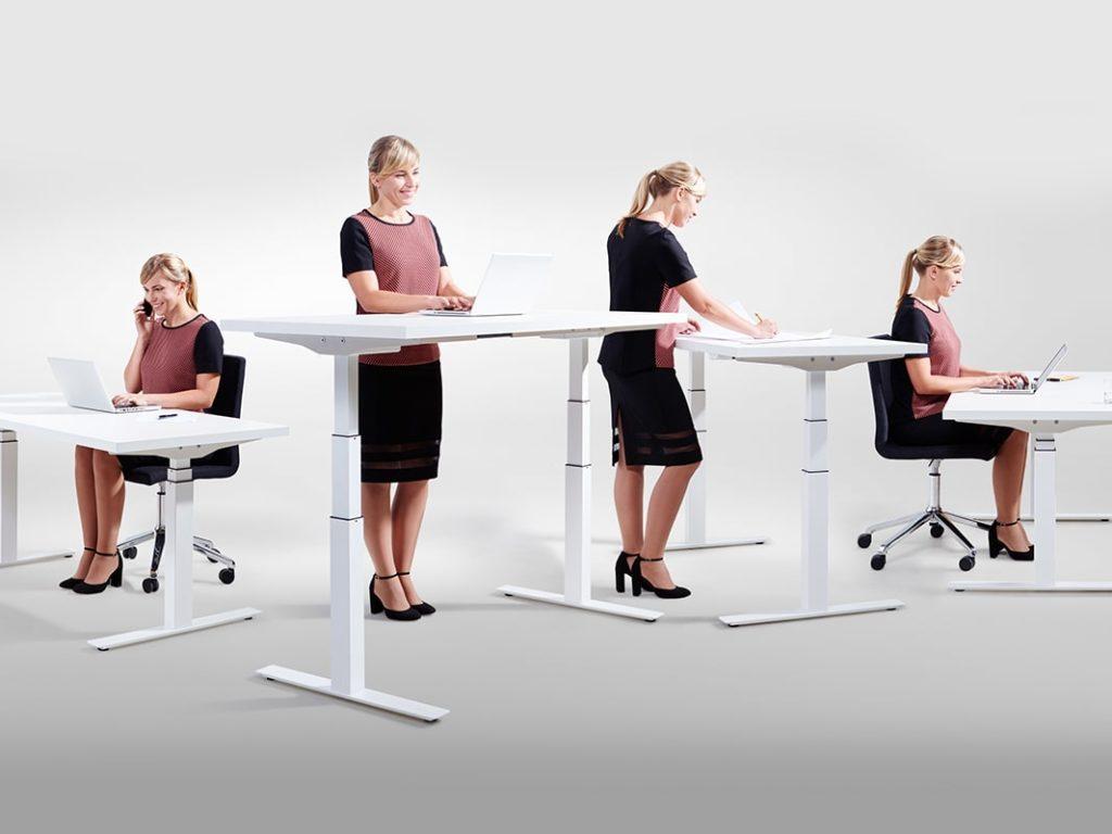 регульований стіл для роботи